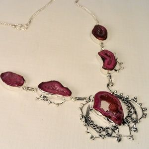 Jewelry - Pink natural window geode Quartz slice necklace 20
